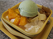Green tea ice cream with bananas, jellies and mango at Honeymoon Dessert in Luohu.